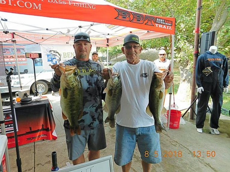 Congratulations to your 2018 Snag Proof Lures Open Champions. - Pro and AM had the same winning weights!!