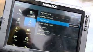 Edwin Evers with a Lowrance Quick Tip