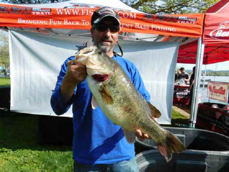 CLOSER AND CLOSER TO THE $20K PAYOUT - 2019 Lunker Club leader Duane Rhodes with 10.32 lbs. Big Bass at Clear Lake on April 13. As we look in the rearview for the 2019 Best Bass Tournament (BBT) regular season events, the circuit wants to congratulate each division's Anglers of the Year (AOY).