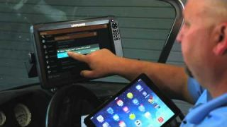 Lowrance How-To: Connect an iPad to control your HDS Gen3