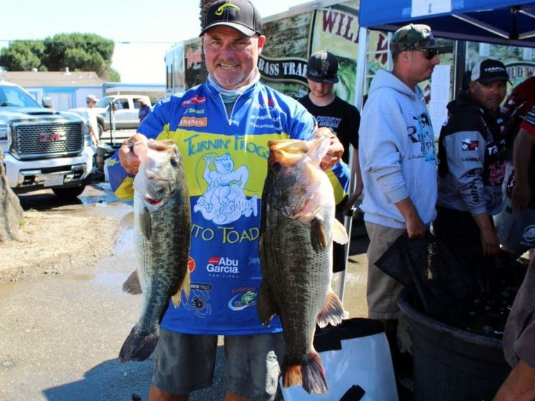 DAY-BY-DAY, UP AND DOWN WITH BOBBY BARRACK AS HE BESTS THE DELTA WILD WEST BASS TRAIL - Delta local Bobby Barrack of Oakley, Calif. was crowned the pro angler champion at this past weekend's Wild West Bass Trail (WWBT) General Tire Duel on the Delta – the final California Pro/Am stop of the year.