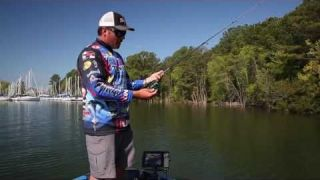 Tackle How-To: Fishing a Shaky Head Worm with Scott Martin #P-Line