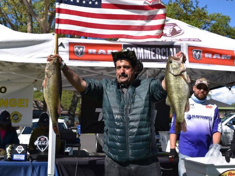 29-Plus to Win Clear Lake - Mike Faez wins FPT Clear Lake with 29 pounds - Flyin Solo!
