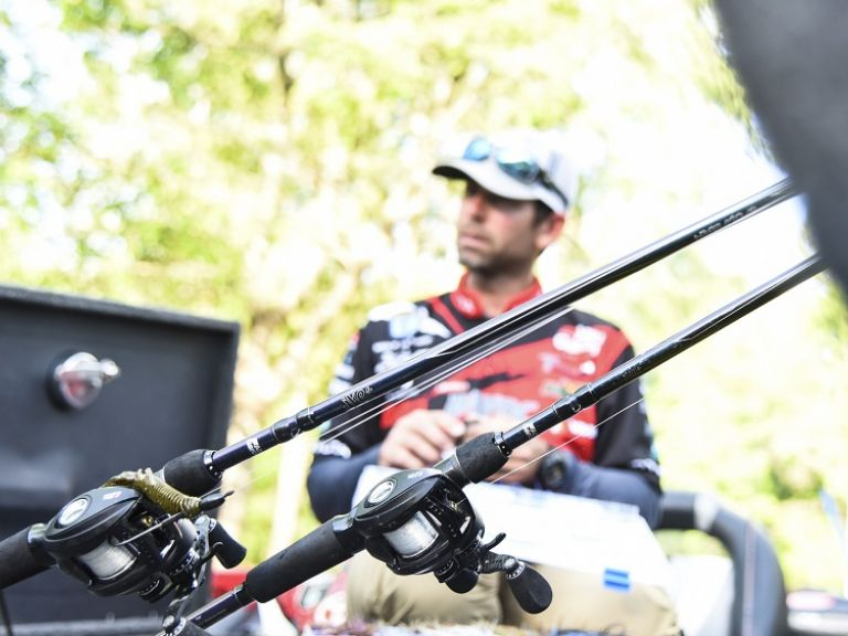 Justin Lucas and Mike Iaconelli Talk the Classic at Conroe - With the Bassmaster Classic quickly approaching, the 52 anglers who qualified for the event are formulating strategies and gameplans. Mike Iaconelli and Justin Lucas are both vying for the title and have a similar approach to tackle both the boat traffic and the bass at Lake Conroe.