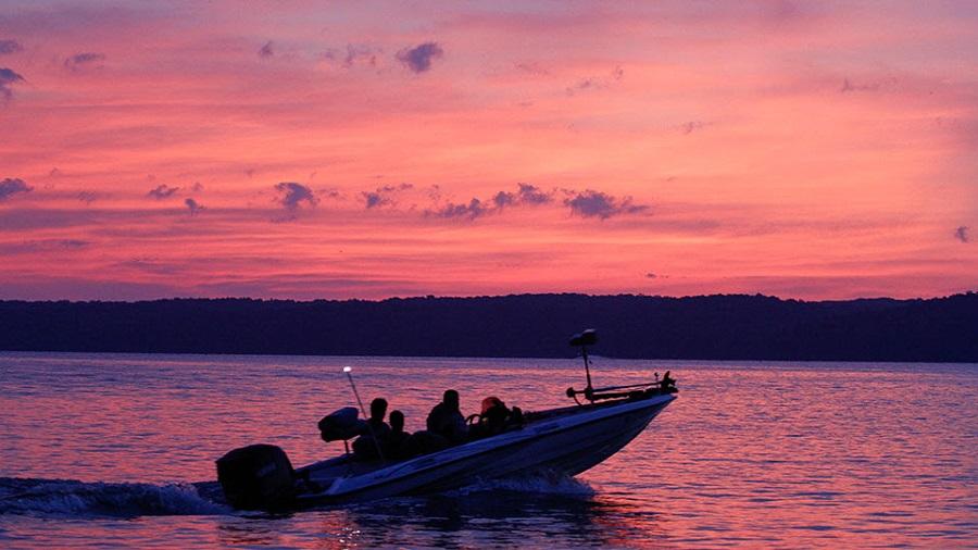 B a s s toyota bonus bucks team championship headed to for Kentucky lake fishing